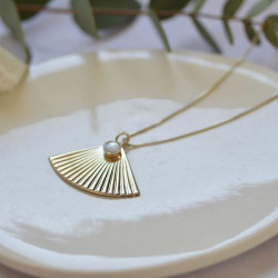 Collier long Fan